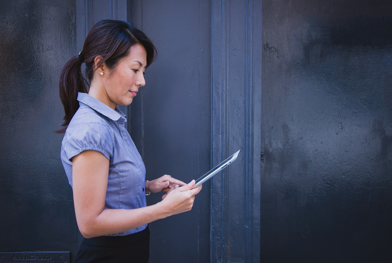 Starting Your Own Virtual Assistant Business